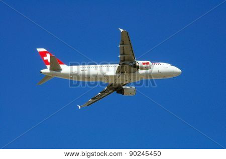 Swiss International Airlines Airbus A320.