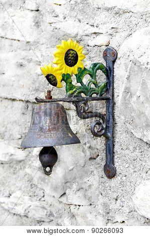 Vintage Doorbell With Clapper