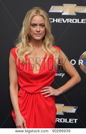 LOS ANGELES - MAY 9:  Peta Murgatroyd at the