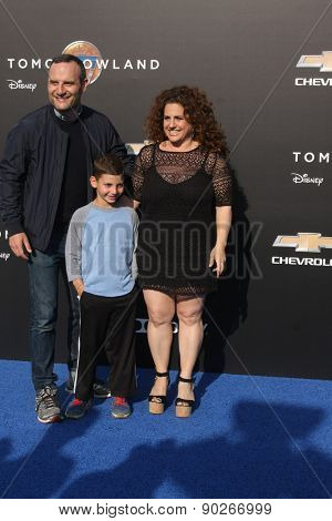 LOS ANGELES - MAY 9:  Judah Miller, Zev Miller, Marissa Jaret Winokur at the