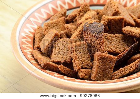 Rye bread croutons in a bowl