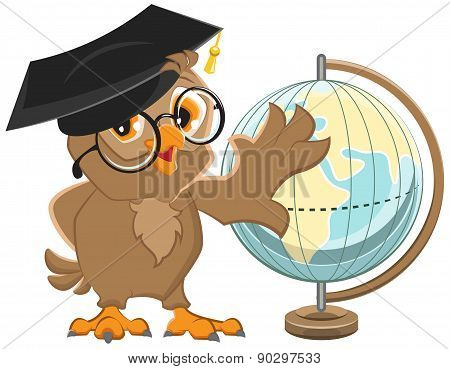 Owl teacher turns Globe