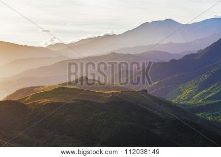 Beauriful Hills Of Canterbury Near Hanmer Springs At Sunset, New Zealand