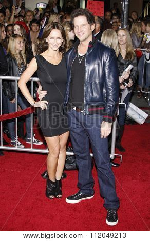 WESTWOOD, CALIFORNIA - November 16, 2009. Jennifer Love Hewitt and Jamie Kennedy at the Los Angeles premiere of