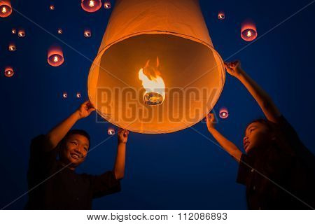 New Year, Thai People Floating Lamp