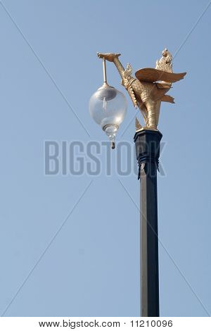 Swan Lightpost