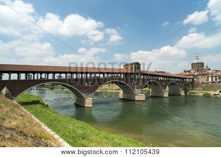 Pavia (italy): Covered Bridge