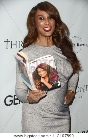 LOS ANGELES - DEC 18:  Beverly Johnson at the GENLUX Issue Release Party featuring Beverly Johnson at the The Rodeo Collection on December 18, 2015 in Beverly Hills, CA