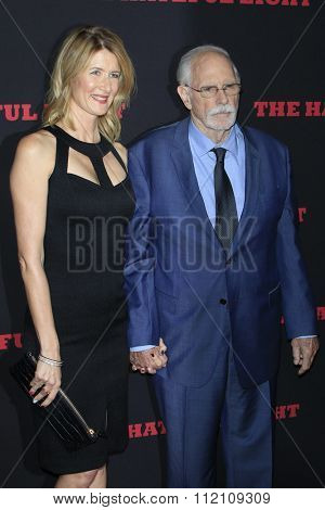LOS ANGELES - DEC 7:  Laura Dern, Bruce Dern at the