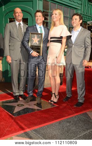LOS ANGELES - DEC 8:  Tom Barrack, Rob Lowe, Gwyneth Paltrow, Fred Savage at the Rob Lowe Star on the Hollywood Walk of Fame at the Hollywood Blvd on December 8, 2015 in Los Angeles, CA
