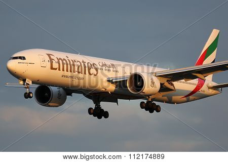Emirates Boeing 777-300Er Airplane
