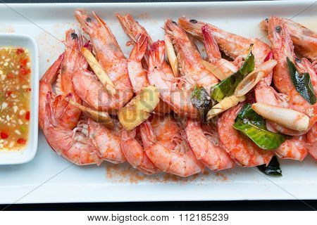 Casseroled Prawns With Thai Herbs Eat With Spicy Sauce