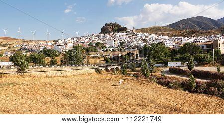 Ardales: Tipical Andalusian Village (pueblo Blanco)