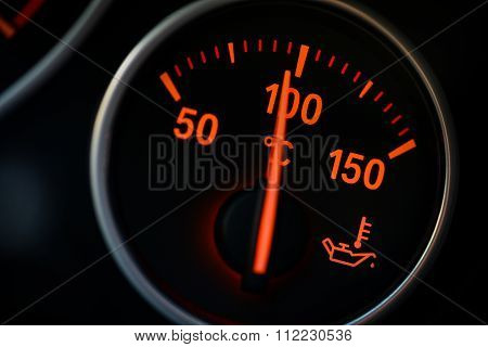 Coolant Gauge Detail