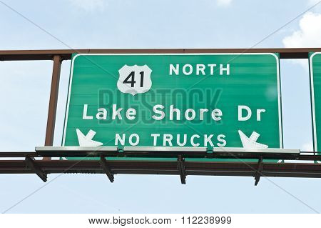 Lake Shore Dr Street Sign