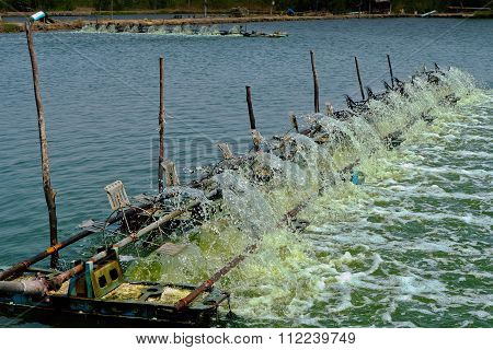 Water Turbine Produce Oxygen For Shrimp Farm