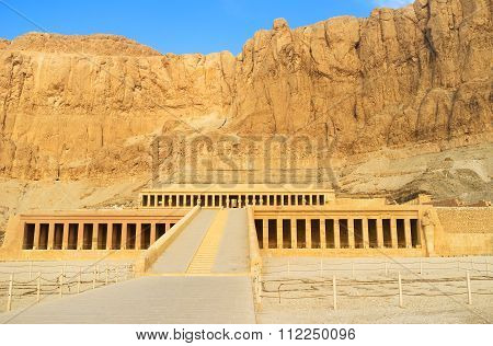 The Legendary Hatshepsut Temple