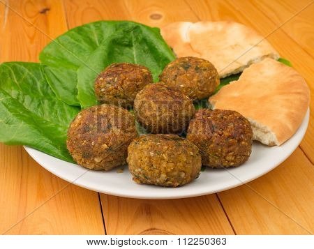 Falafel With Romano Salad And Pita