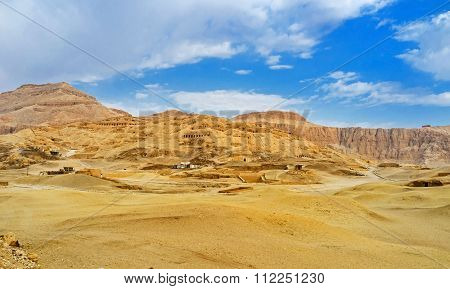 The Desert In Luxor