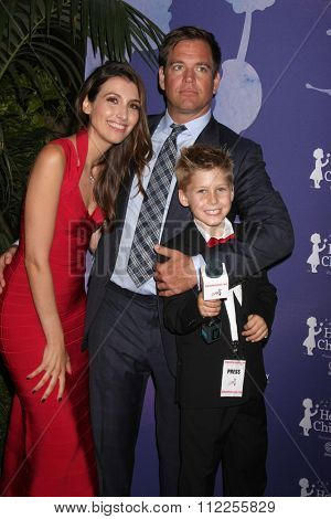 LOS ANGELES - OCT 1:  Michael Weatherly, Teal Greene, Bojana Jankovic at the Healthy Child Healthy World Gala at the Montage Hotel on October 1, 2015 in Beverly Hills, CA