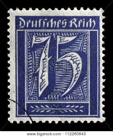 GERMAN REICH - CIRCA 1921: A postage stamp printed in Germany shows numeric value, circa 1921.