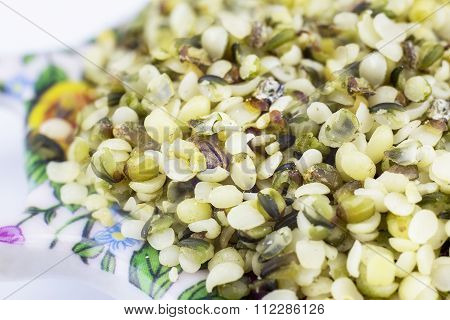 Healthy Edible Hemp Seeds With A Coarse Grind