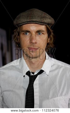 HOLLYWOOD, CALIFORNIA - November 9, 2009. Dax Shepard at the World premiere of