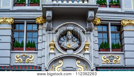 Wonderful Art on facade of a historic building