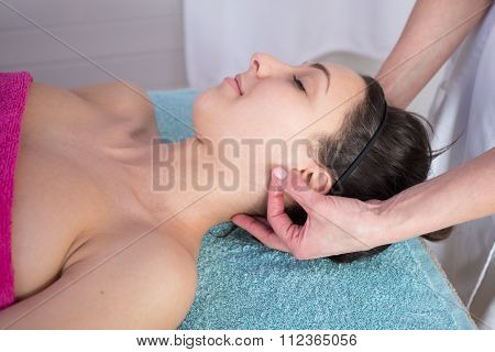Natural Mature Woman Having A Massage At Her Auricle