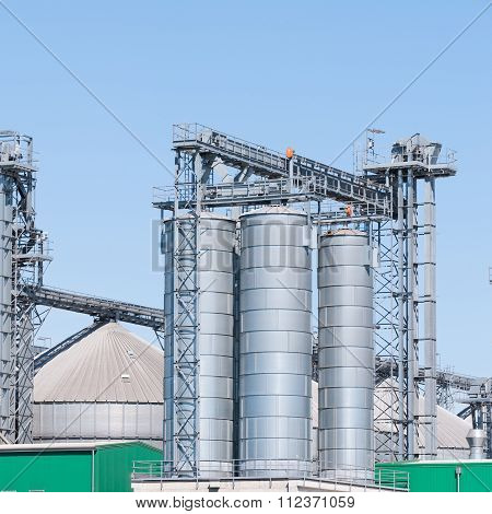 Storage Facility Cereals, And Biogas Production