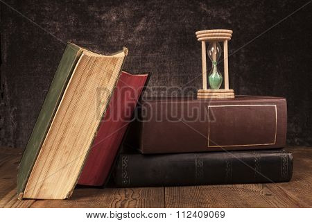 Old Books Time