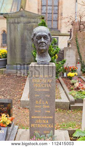 Actor Jaroslav Prucha Tomb In Vysehrad Cemetery, Prague