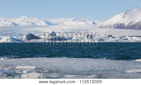 Beautiful winter landscape over Jokulsarlon lake, Iceland