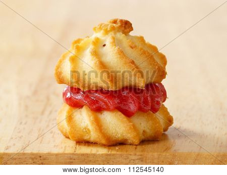 Spritz sandwich cookie with jam filling
