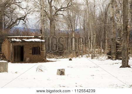 A Vintage Adobe Homestead Near Taos, New Mexico