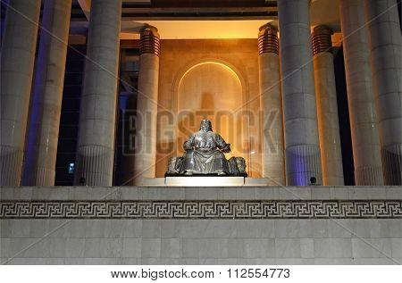 Ulaanbaatar, Mn-dec 1, 2015:  Genghis Khan Statue In Front Of Mongolian Government Building
