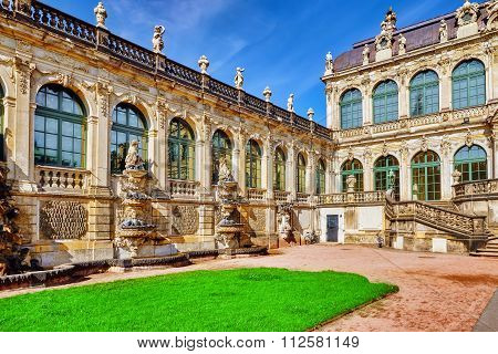 Court Zwinger Palace (der Dresdner Zwinger)  Art Gallery Of Dresden, Which Was Almost Completely Des