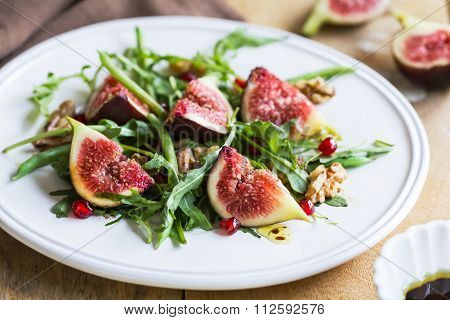 Fig With Pomegranate And Rocket Salad