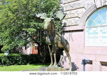 Bronze Sculpture Of A Moose In Front Of The Museum Of Zoology In Helsinki