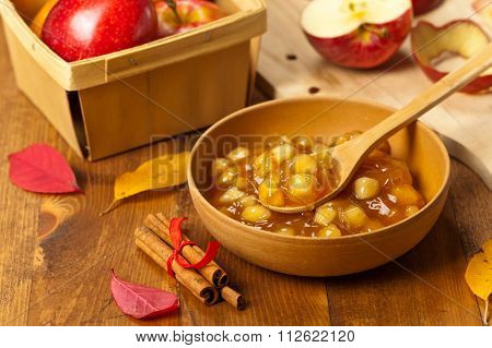 Apple Cinnamon Pie Filling