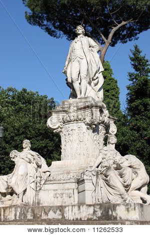 Statue of Goethe in Rome (Italy)