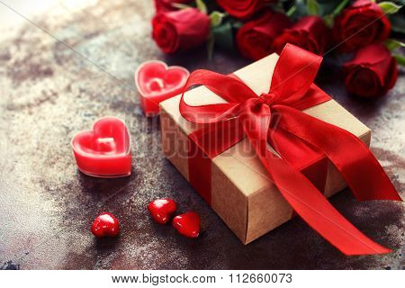 Valentine's Day, Gift box