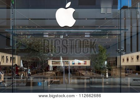 Apple Store In Adelaide