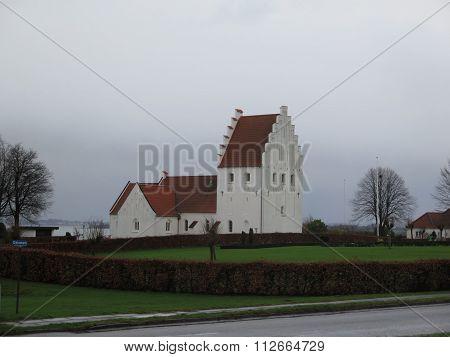 Rinkenes Church Building