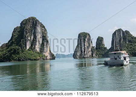 Ha Long Limestone Karsts