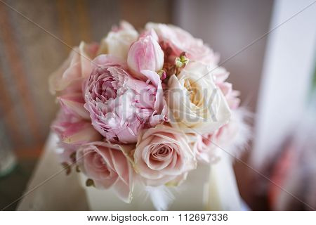 WeBeautiful wedding bouquetdding bouquet