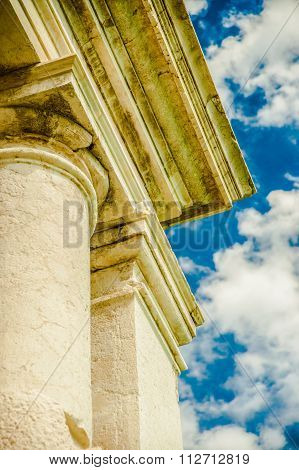 Classical architectural detail
