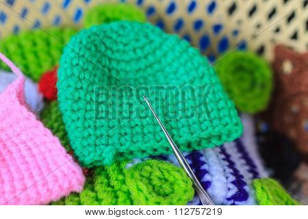 Crochet hook needle