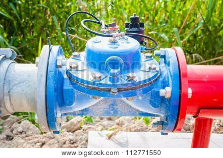 Shut-off Valve For Irrigation Pipes