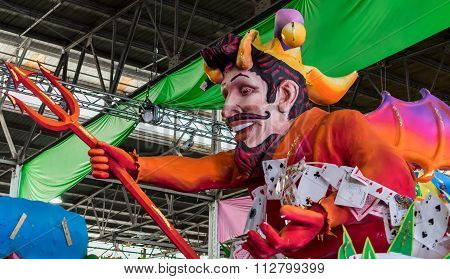 New Orleans Mardi Gras World Float Devil With Cards
